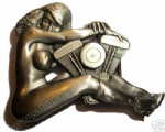 NUDE & V-TWIN ENGINE Belt Buckle + display stand. Code FM7